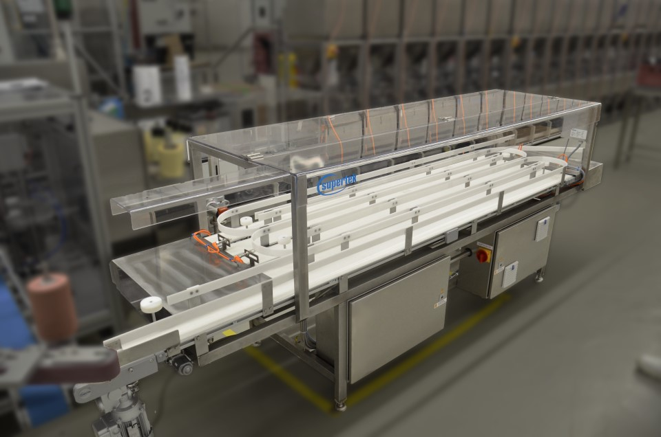 Conveyor belt for the food industry